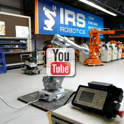 Een IRS-refurbished robot wordt getest op de test bench.